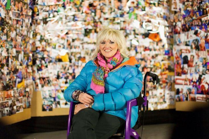 Portrait einer starken Frau: Gaby Köster schließt Tournee nach… #Portraits #7_Tage_7_Köpfe #Anna_Schudt #Anton_Fuchs #Auszeichnung