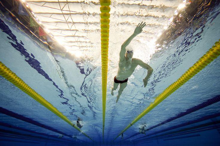 Fotografie realizată cu o cameră subacvatică : Chinezul Sun Yang se antrenează înaintea finalei de 200m liber, în timpul Jocurilor Asiatice 2014, în Incheon, Republica Coreea, duminică, 21 septembrie 2014. (  Martin Bureau / AFP  ) - See more at: http://zoom.mediafax.ro/news/pictures-of-the-week-15-21-septembrie-2014-13321289#sthash.Qtkx2bSF.dpuf