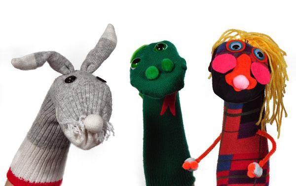 marionetas con viejos calcetines