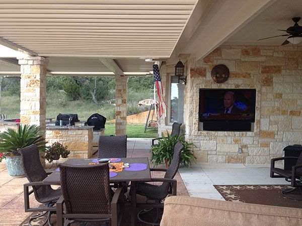 Great Patio Room For Game Night