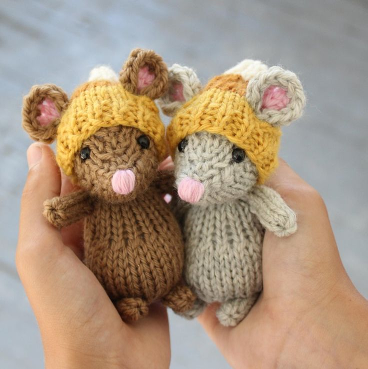 """The Quiet Little Mouse is a pattern for a 4"""" stuffed mouse knitted in the round, stuffed with polyester fiberfill. The pattern for the hat is included. You should know how to knit in the round to attempt this pattern, as well as basic knowledge of increases and decreases. I've included the instructions for both knitting and crocheting the ears; choose whichever you prefer.My mouse is made in worsted weight wool and has size 6mm black plastic safety eyes."""