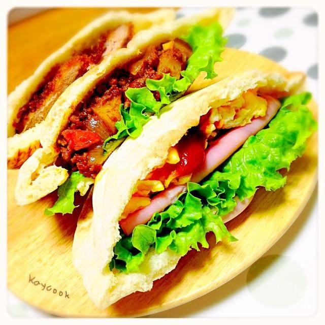 今日の頑張れ弁当。 ハムエッグ、ドライカレー、ソースカツの3種。アップルアイスティーも一緒に持って行ってもらいました - 82件のもぐもぐ - 今日のお弁当はピタパンのサンドでした by Asahimaru