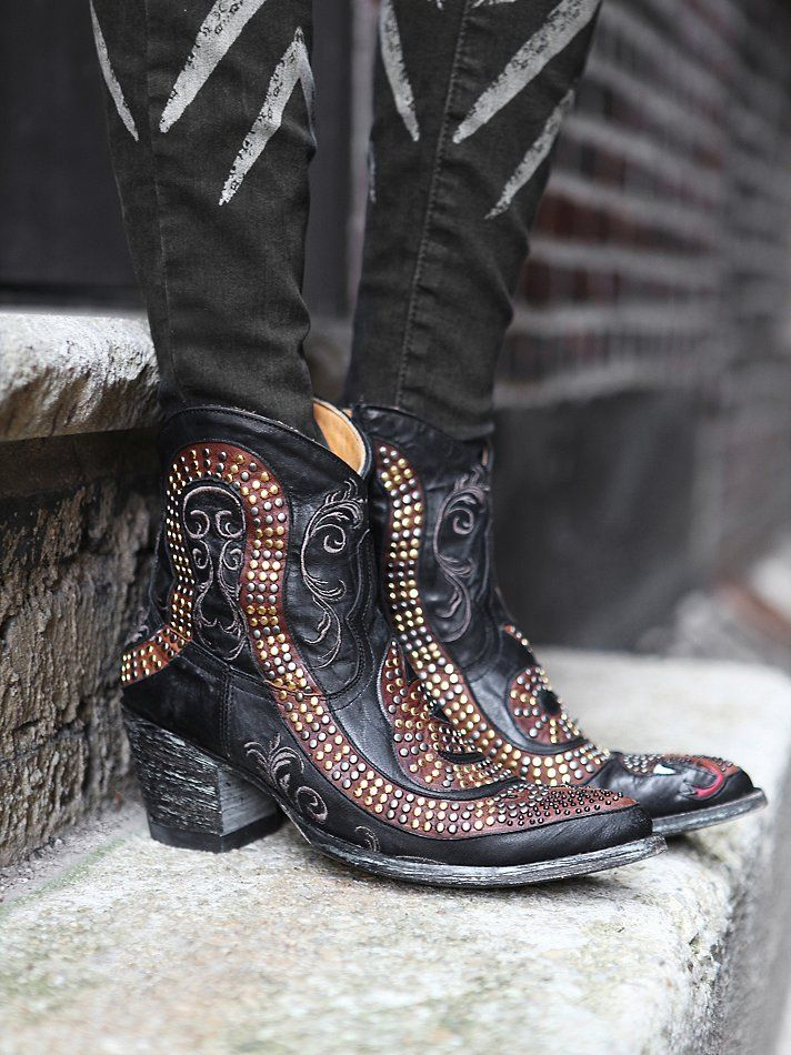 Free People Spirit Ranch Boot http://www.freepeople.co.uk/whats-new/spirit-ranch-boot/_/CMPAGEID/Cat%3A%20what%5C%27s%20new%3A%20Refine%20%231/