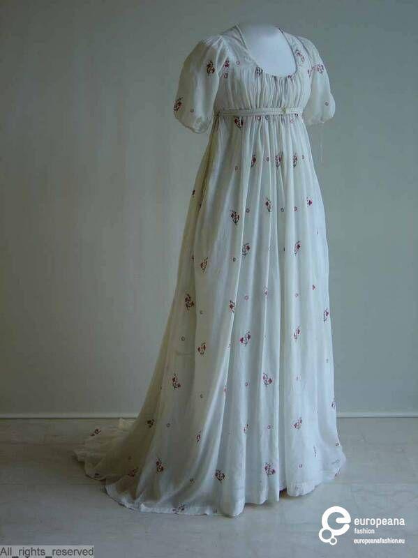 102 best 1800-1810 dresses images on Pinterest | Regency gown ...