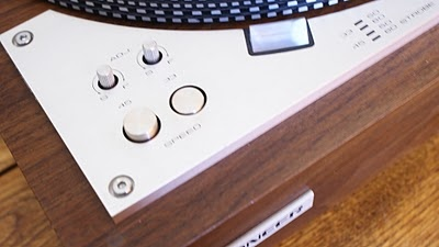 VINTAGE SOUND: Pioneer PL-530 Turntable
