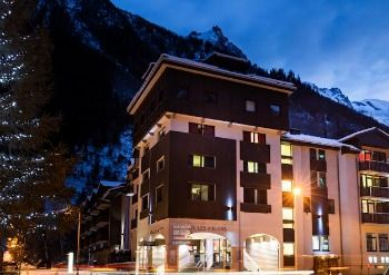 The Resort and Spa Hotel Les Aiglons Chamonix. This property is highly ranked by visitors at 8.3 Very Good.