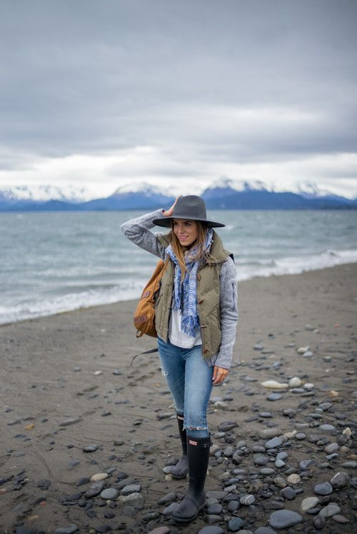 Exploratory style! Patagonia fleece, vest and backpack. Madewell shirt, scarf, jeans, and hat. Hunter boots.