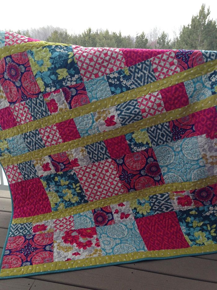 Scrap Quilt Patterns For Beginners : 83 best images about Quilts on Pinterest Quilt, Log cabin quilts and Print fabrics
