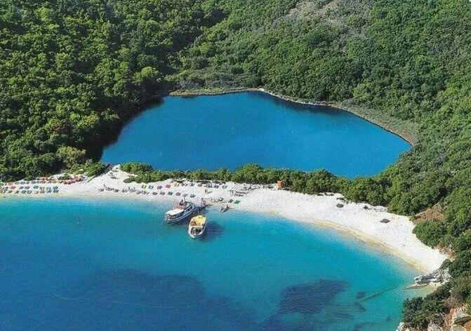 Blue lagoon breach, Corfu