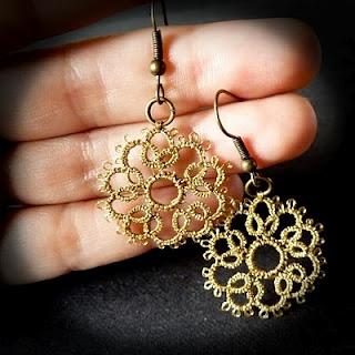 This is Tatting, but I've seen the same results from cutting out a lace design and painting it #justsaying