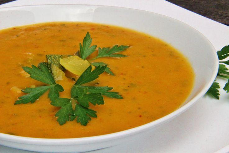 V kuchyni vždy otevřeno ...: Ostrá cuketová curry polévka
