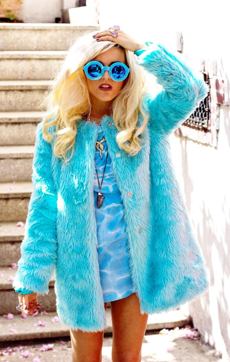 Rachel from I Hate Blonde in the Candy Flip Faux Fur Coat || Get the coat…