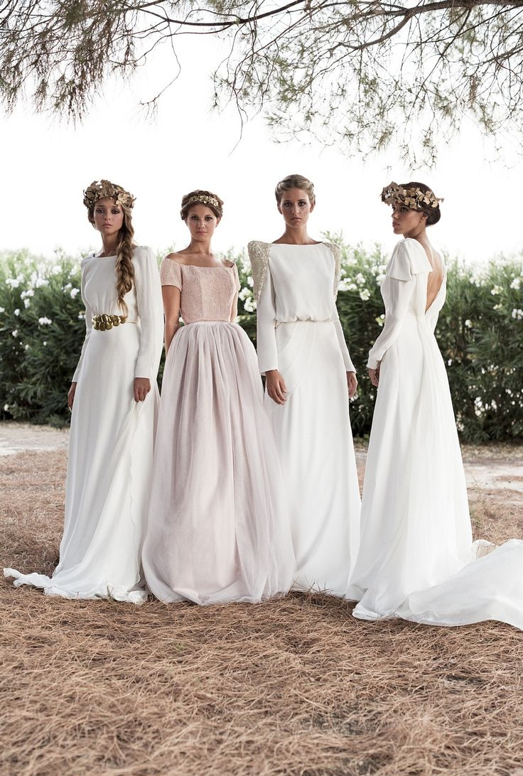 Bonitos vestidos de novia de invierno con manga larga #rosa #vestido #novia