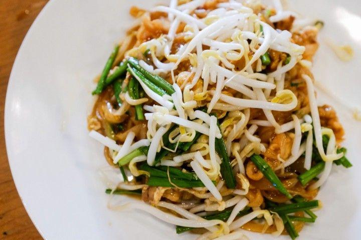 'Phad Mae Korat', fried noodles at Go Thai, SS2 Petaling Jaya.