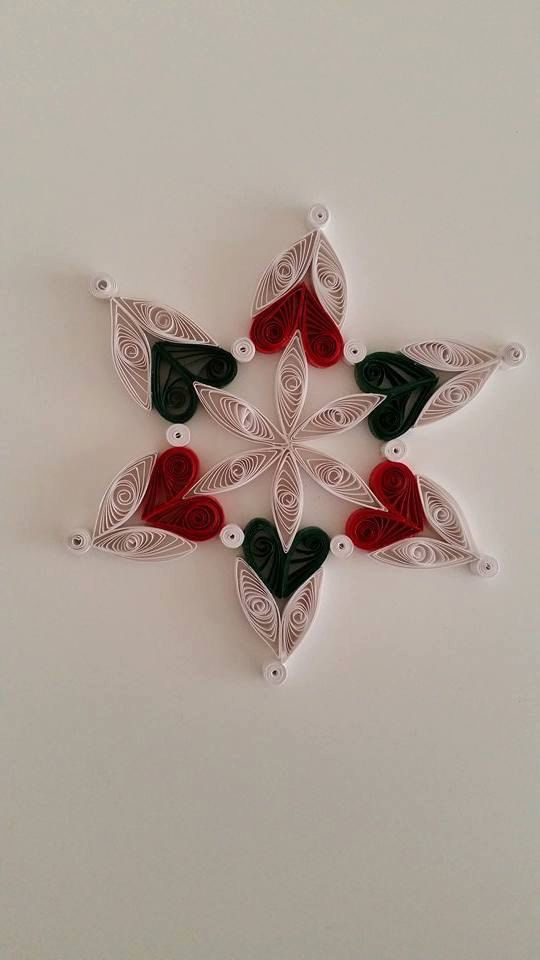 535 best images about quilling art christmas on pinterest for Decoration quilling