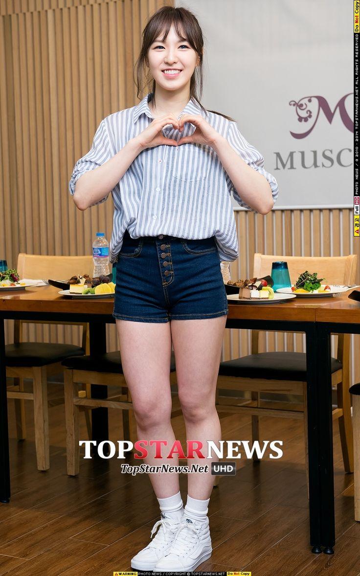 SNSD members protect Red Velvet regarding their weight