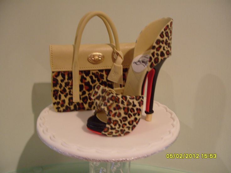 Mulberry bayswater bag louboutin leopard print shoe for Animal print edible cake decoration