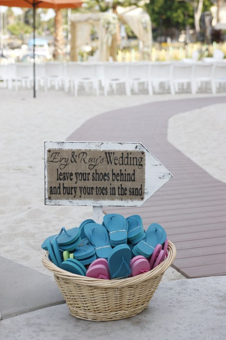 18 best Wedding Flip Flops images on Pinterest | Wedding souvenir ...