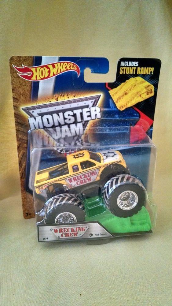 WRECKING CREW MONSTER TRUCK NEW HOT WHEELS MONSTER JAM 1:64 MUD TREAD STUNT RAMP #Mattel