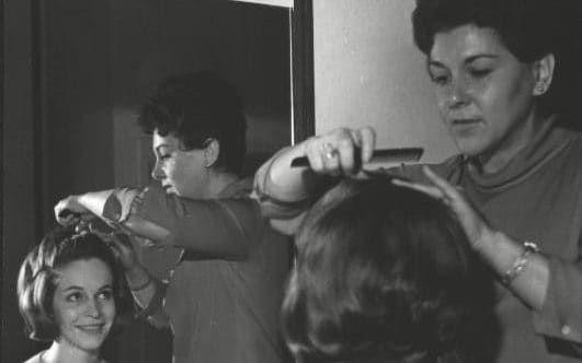 Rose Evansky in her salon.created blow wave .