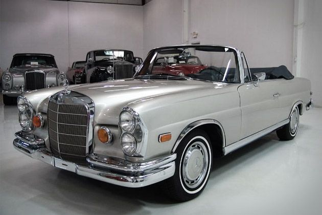 1965 MERCEDES-BENZ 220SE I used to have this in white. As a stupid 20 year old, I didn't imagine how much I'd regret selling it for next to nothing...bb
