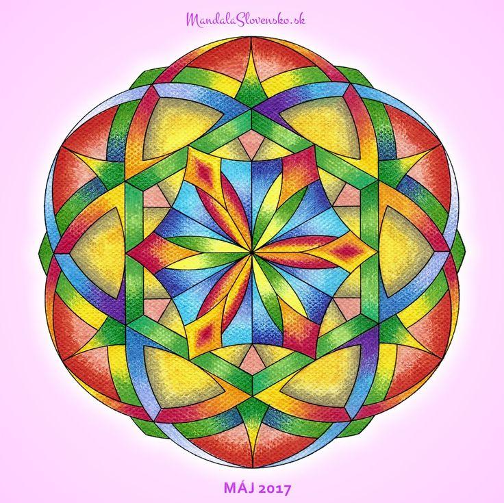 Mandala mesiaca Máj 2017 Silou srdca tvorím svoj svet. Stojím nohami pevne na Zemi. #mandala #mandalaslovensko #mandalaslovakia #healingart #sacredgeometry #may2017