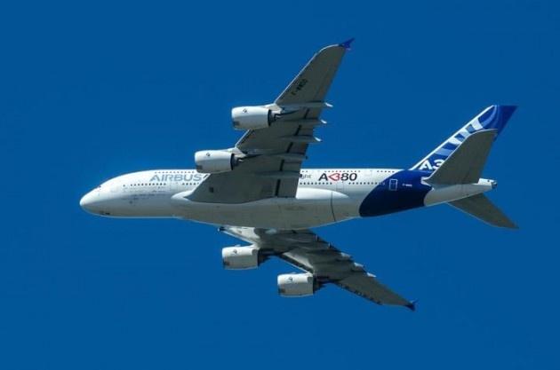 Expectación entre habitantes del Bío-Bío por sobrevuelo de gran avión Airbus 380