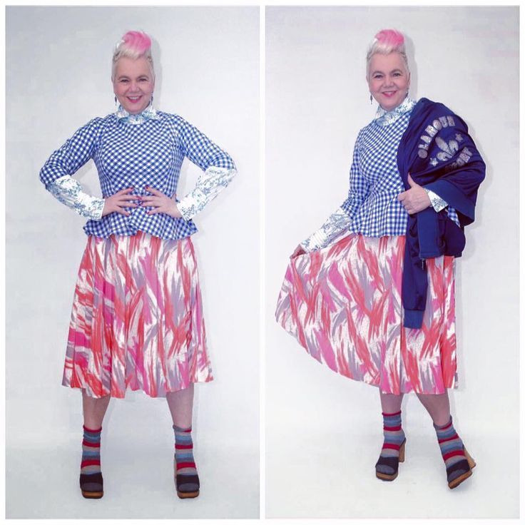 Feelin' pretty mixed up today. Skirt and jacket available at etsy.com/shop/pompadourandvintage Ships worldwide. #popupstyling #styling #stylingadvice #fashion #vintagefashion #vintage #vintagewear #womenwear #fashionista #vintagefashionista #pompadourandvintage #pompadour #fashionblogger #styleblogger #50plus #fiftyup #50up #beautiful #style #clothes #vintageclothes  #whatiwore #whatiwear #cute #shopping #2hands #outfit #mylook #lifestyle #lookoftheday #todaysoutfit #outfitpost #bestoftheday