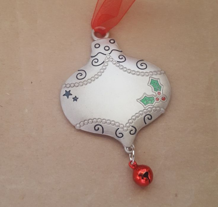 Christmas Ornament - BEAUTIFUL BAUBLE - Personalised