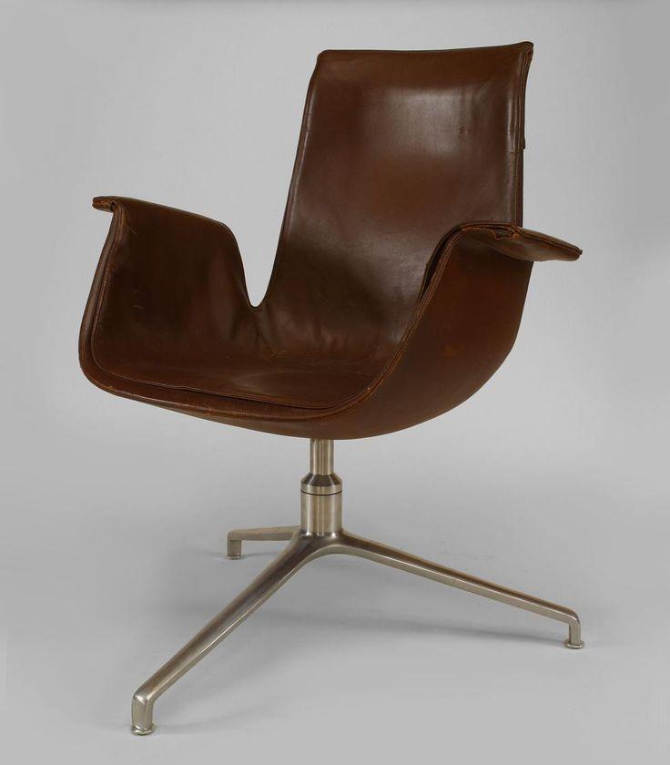 Post-War Design Scandinavian seating chair/arm chair leather