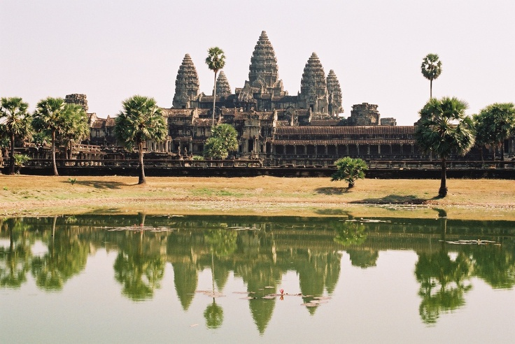 Angkor Wat, the largest temple in the world. Near Siem Reap