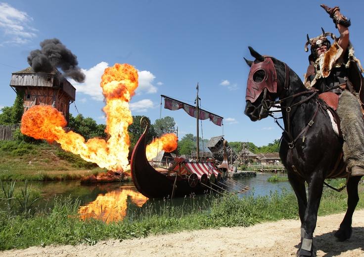 """Le Spectacle """"Les Vikings"""" au Puy du Fou #PuyduFou #Histoire #Viking www.puydufou.com"""