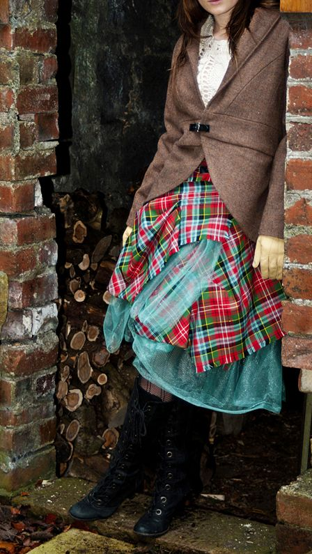 portrait love and white plaid dress When it comes to what to wear for family photos,  of your family portrait is to document the love that your  guide on how to dress for a black and white photo.