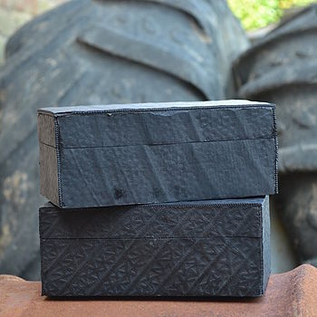 Recycled tyre box £24