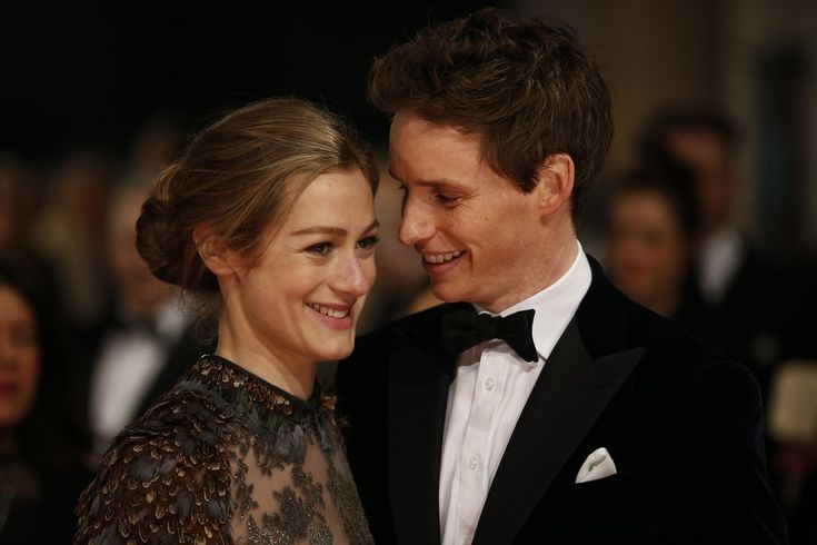 Eddie Redmayne And Wife Hannah Bagshawe Are Having A Baby
