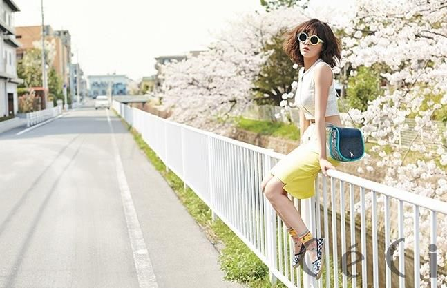 Hyuna from 4 minutes wears DIM. E CRES. String Jersey Skirt on Ceci May 2014.