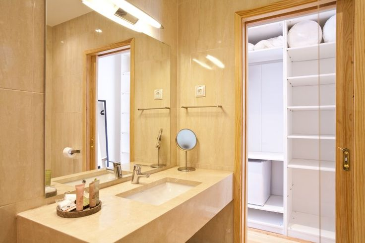 The bathrooms of the superior double rooms are large and full of light #Bedandbreakfast #bathroom #Sintra #Portugal #roomwithaview
