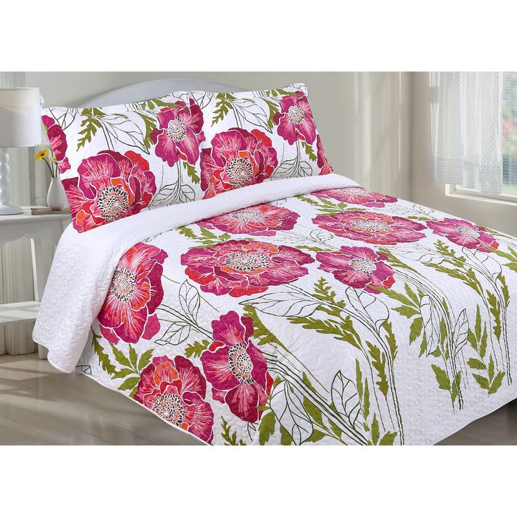 LCM Home Fashions Oversized Floral Full/Queen Size Quilt Set