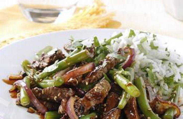 Snelle rijst met biefstukreepjes