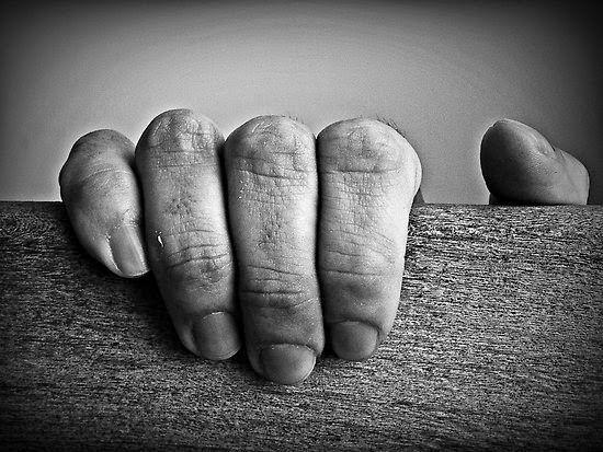 Rouge et Noir a Badem Ciflik: Thich Nhat Hanh / Quote - Letting go