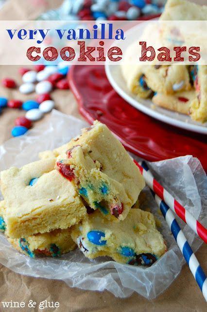 Very Vanilla Cookie Bars   Super easy and super delicious!   via www.wineandglue.com