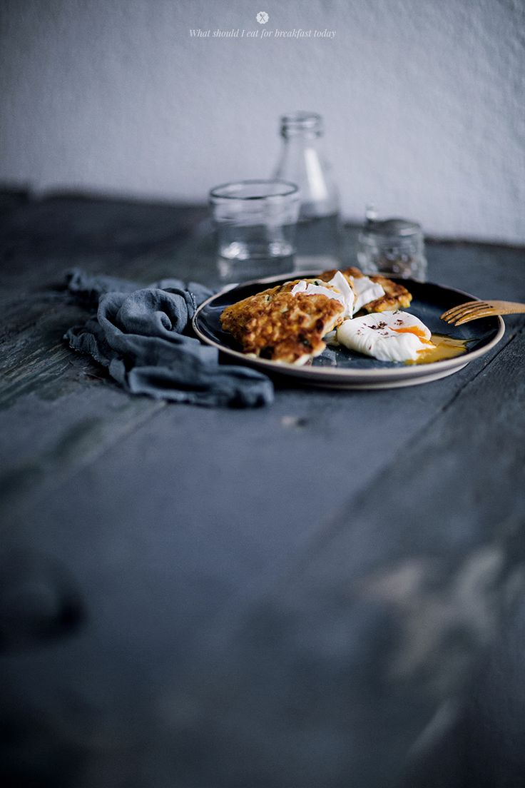 Corn and zucchini cakes with goat cheese and poached egg | What Should ...