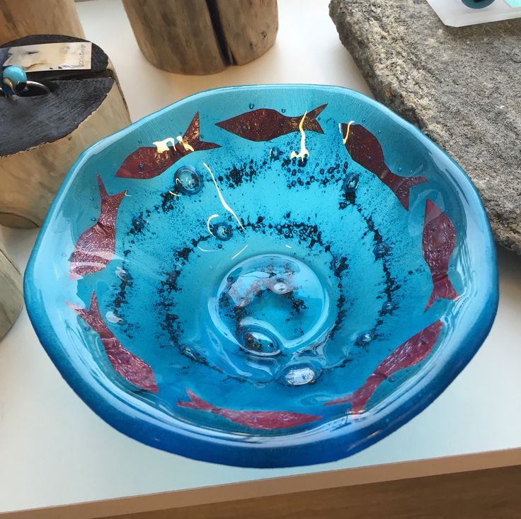Fused glass - small bowl with fish of copper foil