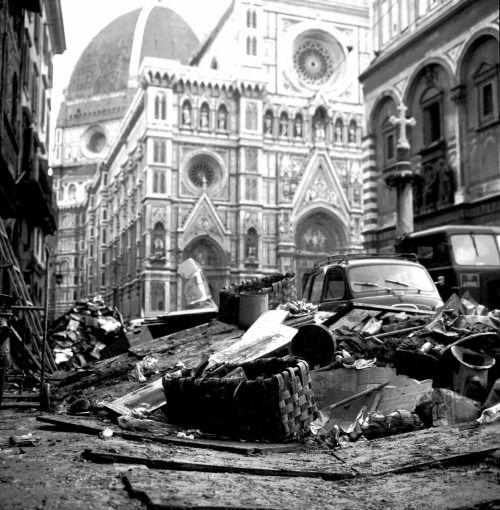 Duomo di Firenze - Alluvione di Firenze - Novembre 1966