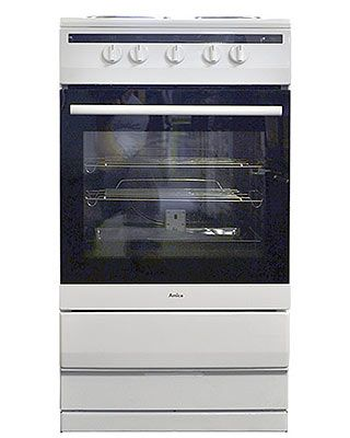 Good deal! This brand new free standing, single cavity electric cooker is finished in pure white and comes with 1 year parts and labour warranty. Features manual controls and solid hotplates. Good value.