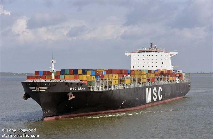 """Buque: """"MSC ASYA"""". Año de contrucción: 2008. Tipo: Portacontenedores. Propietario: Mediterranean Ship Company. Operador: MSC (Suiza). Dimensiones: Eslora 336,68m. Manga 45,64 m. Calado 14,6 m. Carga (DWT): 117.247 Tm. Capacidad máx. contenedores TEU: 9.580. Contenedores frig.: 700. Motor: Man-B&W. Tipo: 12K98MC-C. Potencia: 68.382 Kw. (80.974 HP). Velocidad: 19,3 nudos. Distintivo: 3EOB8. IMO: 9339296. Bandera: Panamá."""