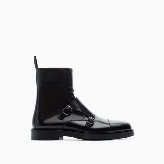 I wear an 6.5 mens but i would definently wear a pair of wool socks to rock these. ZARA - SALE - LEATHER BOOT WITH BUCKLES