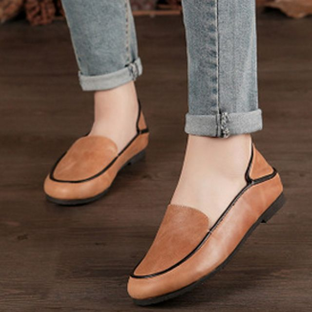 We love it and we know you also love it as well 2017 Spring New Arrival Women Shoes Cow Leather Flats Vintage 2 Colors Ladies Flat Shoes Female Footwear just only $59.69 with free shipping worldwide  #womenshoes Plese click on picture to see our special price for you