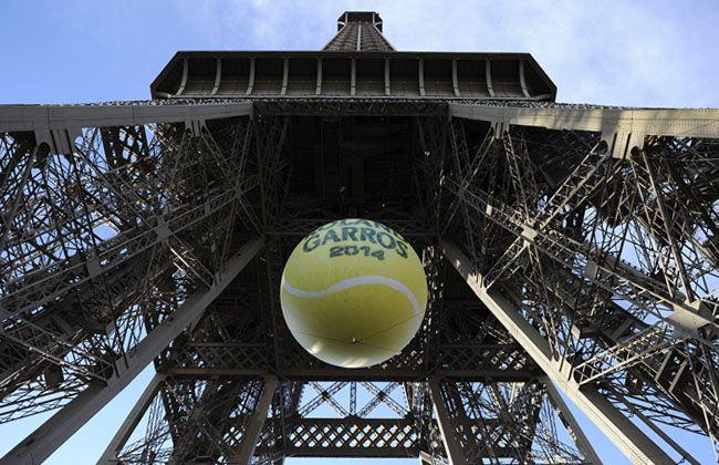La Tour Eiffel était le théâtre de la soirée des joueurs. ©FFT