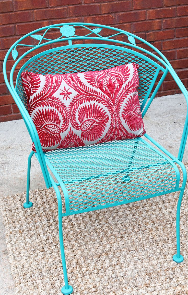 Wrought iron patio chairs vintage - How To Paint Patio Furniture With Chalk Paint